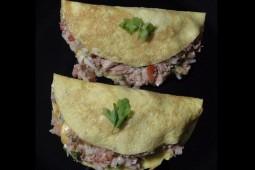Omelette relleno de Atún